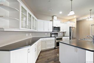 Photo 10: 306 3915 Carey Road in VICTORIA: SW Gateway Condo Apartment for sale (Saanich West)  : MLS®# 423687
