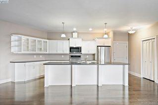 Photo 12: 306 3915 Carey Road in VICTORIA: SW Gateway Condo Apartment for sale (Saanich West)  : MLS®# 423687