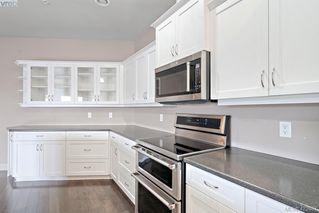 Photo 6: 306 3915 Carey Road in VICTORIA: SW Gateway Condo Apartment for sale (Saanich West)  : MLS®# 423687