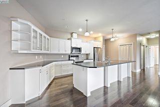 Photo 11: 306 3915 Carey Road in VICTORIA: SW Gateway Condo Apartment for sale (Saanich West)  : MLS®# 423687