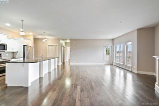 Photo 14: 306 3915 Carey Road in VICTORIA: SW Gateway Condo Apartment for sale (Saanich West)  : MLS®# 423687