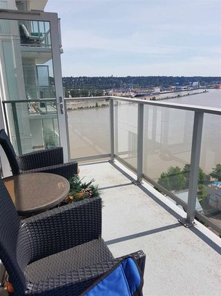 Photo 12: 2402 988 QUAYSIDE Drive in New Westminster: Quay Condo for sale : MLS®# R2454533