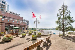 Photo 21: 2402 988 QUAYSIDE Drive in New Westminster: Quay Condo for sale : MLS®# R2454533
