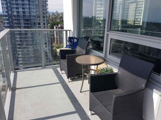 Main Photo: 2402 988 QUAYSIDE Drive in New Westminster: Quay Condo for sale : MLS®# R2454533
