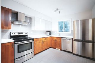 Photo 3: 26 MCLEOD Place in Edmonton: Zone 02 Townhouse for sale : MLS®# E4197006