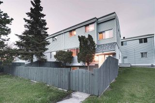 Photo 2: 26 MCLEOD Place in Edmonton: Zone 02 Townhouse for sale : MLS®# E4197006