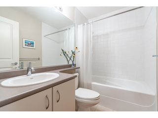 """Photo 13: 27 21535 88 Avenue in Langley: Walnut Grove Townhouse for sale in """"REDWOOD LANE"""" : MLS®# R2467866"""