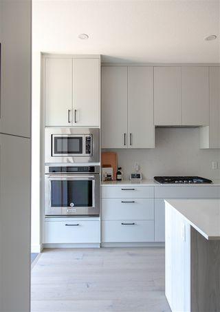 Photo 10: 9136 71 Avenue in Edmonton: Zone 17 House for sale : MLS®# E4203661