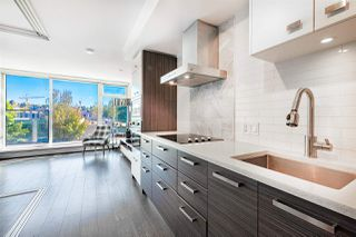 """Photo 8: 310 1783 MANITOBA Street in Vancouver: False Creek Condo for sale in """"THE RESIDENCES AT WEST"""" (Vancouver West)  : MLS®# R2488758"""