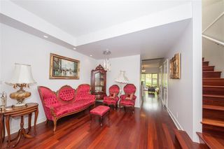 """Photo 3: 340 5790 EAST BOULEVARD in Vancouver: Kerrisdale Townhouse for sale in """"LAUREATES"""" (Vancouver West)  : MLS®# R2493167"""