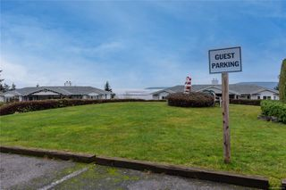 Photo 25: 396 Petroglyph Cres in : Na South Nanaimo Row/Townhouse for sale (Nanaimo)  : MLS®# 862172