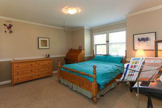 Photo 18: 952 50TH Street in Tsawwassen: Tsawwassen Central House for sale : MLS®# V950723