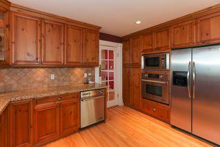 Photo 3: 952 50TH Street in Tsawwassen: Tsawwassen Central House for sale : MLS®# V950723
