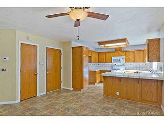 Photo 12: VISTA House for sale : 3 bedrooms : 585 E Bobier Drive