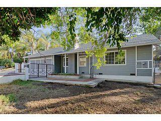 Photo 4: VISTA House for sale : 3 bedrooms : 585 E Bobier Drive
