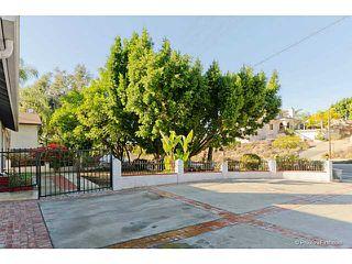 Photo 3: VISTA House for sale : 3 bedrooms : 585 E Bobier Drive