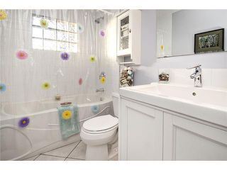 Photo 9: 6527 34 Street SW in CALGARY: Lakeview Residential Detached Single Family for sale (Calgary)  : MLS®# C3548821
