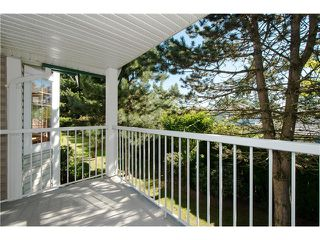 "Photo 11: # 812 8972 FLEETWOOD WY in Surrey: Fleetwood Tynehead Townhouse for sale in ""Park Ridge Gardens"" : MLS®# F1316936"