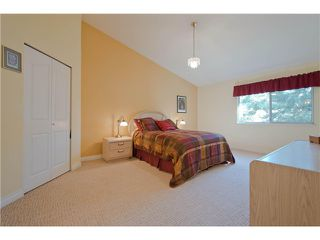 "Photo 5: # 812 8972 FLEETWOOD WY in Surrey: Fleetwood Tynehead Townhouse for sale in ""Park Ridge Gardens"" : MLS®# F1316936"