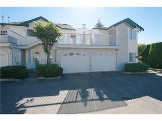 "Photo 1: # 812 8972 FLEETWOOD WY in Surrey: Fleetwood Tynehead Townhouse for sale in ""Park Ridge Gardens"" : MLS®# F1316936"