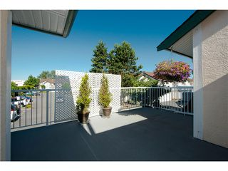 "Photo 10: # 812 8972 FLEETWOOD WY in Surrey: Fleetwood Tynehead Townhouse for sale in ""Park Ridge Gardens"" : MLS®# F1316936"