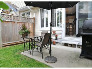 "Photo 13: 14 6533 121ST Street in Surrey: West Newton Townhouse for sale in ""Stonebriar"" : MLS®# F1418676"