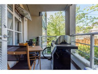 Photo 10: # 204 2555 W 4TH AV in Vancouver: Kitsilano Condo for sale (Vancouver West)  : MLS®# V1134760