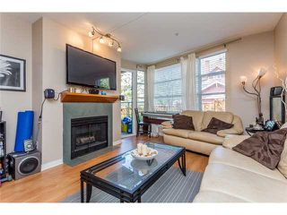 Photo 3: # 204 2555 W 4TH AV in Vancouver: Kitsilano Condo for sale (Vancouver West)  : MLS®# V1134760