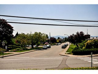 Photo 7: # 201 15367 BUENA VISTA AV: White Rock Condo for sale (South Surrey White Rock)  : MLS®# F1440748