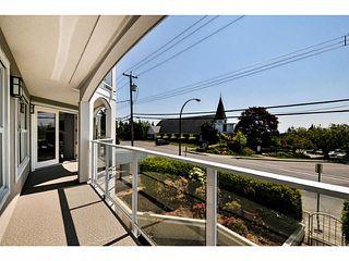 Photo 6: # 201 15367 BUENA VISTA AV: White Rock Condo for sale (South Surrey White Rock)  : MLS®# F1440748