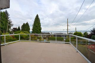 Photo 2: 2373 OTTAWA AVE in West Vancouver: Dundarave House for sale : MLS®# R2058810