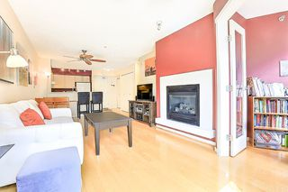 Photo 4: 207 2768 CRANBERRY DRIVE in Vancouver: Kitsilano Condo for sale (Vancouver West)  : MLS®# R2276891