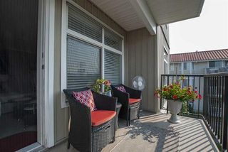 """Photo 17: 303 33255 OLD YALE Road in Abbotsford: Central Abbotsford Condo for sale in """"Brixton"""" : MLS®# R2404515"""