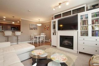 """Photo 14: 303 33255 OLD YALE Road in Abbotsford: Central Abbotsford Condo for sale in """"Brixton"""" : MLS®# R2404515"""