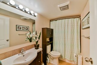 Photo 9: 101 7064 133B Street in Surrey: West Newton Townhouse for sale : MLS®# R2410637