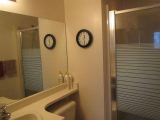 Photo 9: 911 YOUVILLE Drive W in Edmonton: Zone 29 House Half Duplex for sale : MLS®# E4177675