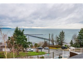 Photo 18: 15123 COLUMBIA Avenue: White Rock House for sale (South Surrey White Rock)  : MLS®# R2424989
