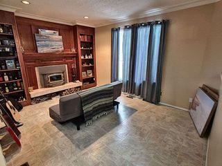 Photo 3: 18612 90 Avenue in Edmonton: Zone 20 House for sale : MLS®# E4184714