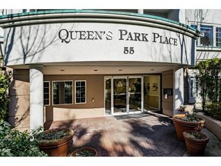 """Photo 2: 109 55 BLACKBERRY Drive in New Westminster: Fraserview NW Condo for sale in """"QUEENS PARK PLACE"""" : MLS®# R2465375"""