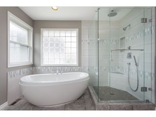 "Photo 15: 21773 46A Avenue in Langley: Murrayville House for sale in ""Murrayville"" : MLS®# R2475820"