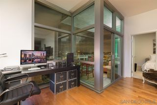 Photo 2: DOWNTOWN Condo for rent : 1 bedrooms : 800 The Mark Ln #2602 in San Diego