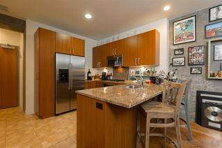 Photo 8: DOWNTOWN Condo for rent : 1 bedrooms : 800 The Mark Ln #2602 in San Diego