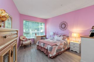"""Photo 14: 137 3098 GUILDFORD Way in Coquitlam: North Coquitlam Condo for sale in """"MARLBOROUGH HOUSE"""" : MLS®# R2488553"""