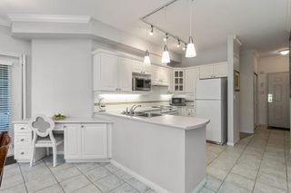 """Photo 8: 137 3098 GUILDFORD Way in Coquitlam: North Coquitlam Condo for sale in """"MARLBOROUGH HOUSE"""" : MLS®# R2488553"""