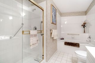 """Photo 18: 137 3098 GUILDFORD Way in Coquitlam: North Coquitlam Condo for sale in """"MARLBOROUGH HOUSE"""" : MLS®# R2488553"""