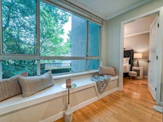 "Photo 3: 203 3235 W 4TH Avenue in Vancouver: Kitsilano Condo for sale in ""ALAMEDA PARK"" (Vancouver West)  : MLS®# R2500407"