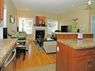 Photo 17: 359 Kinver St in VICTORIA: Es Saxe Point Half Duplex for sale (Esquimalt)  : MLS®# 598554
