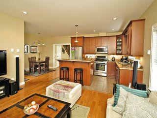Photo 18: 359 Kinver St in VICTORIA: Es Saxe Point Half Duplex for sale (Esquimalt)  : MLS®# 598554