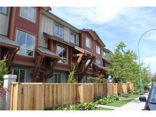 "Photo 1: 3 40653 TANTALUS Road in Squamish: Garibaldi Estates Townhouse for sale in ""TANTALUS CROSSING TOWNHOMES"" : MLS®# V985627"