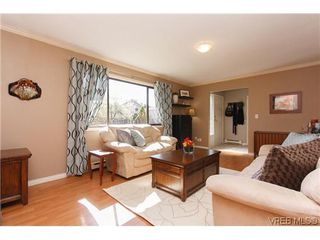 Photo 15: 1068 Costin Ave in VICTORIA: La Langford Proper Half Duplex for sale (Langford)  : MLS®# 635699